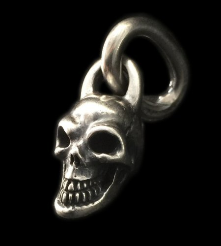 Photo1: Single Skull With Long O-ring Pendant